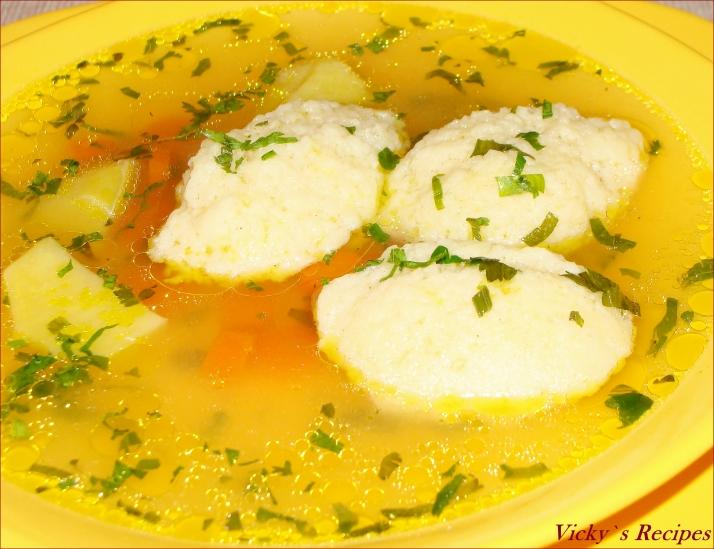 Supa de gaina, cu galuste de gris 1