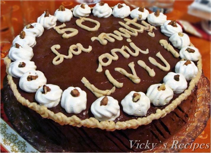 Tort de bezea cu cremă de ciocolată