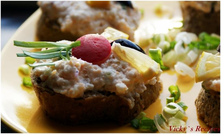 Salata din icre proaspete de crap si stiuca