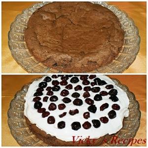 Tarta de ciocolata cu crema mascarpone si visine 12
