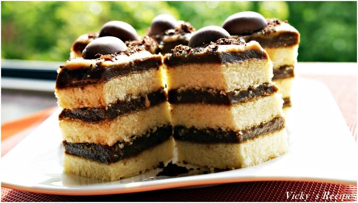 Prăjitură cu cremă de ness și sos caramel
