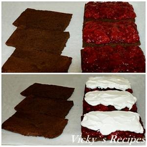 Prajitura cu ciocolata, capsuni si crema de smantana 10
