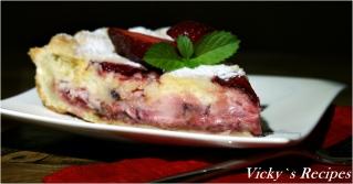 Tartă cu căpșuni și cremă de smântână