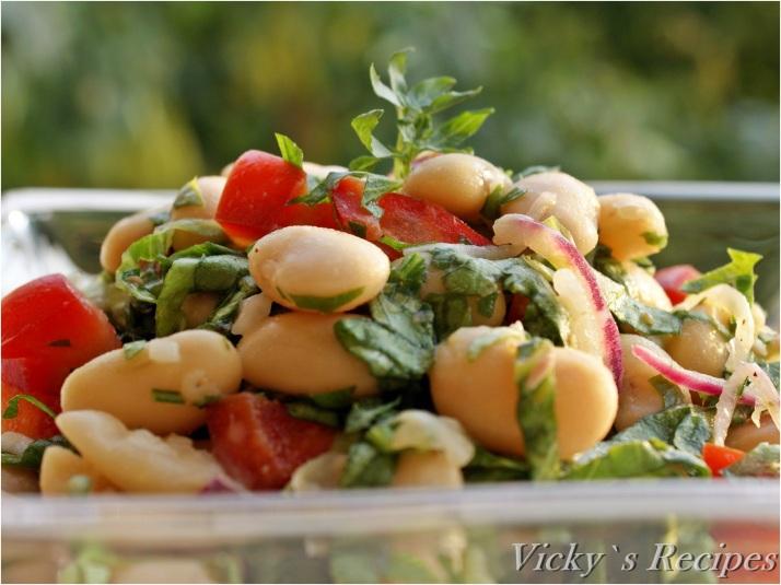Salată de fasole boabe albă
