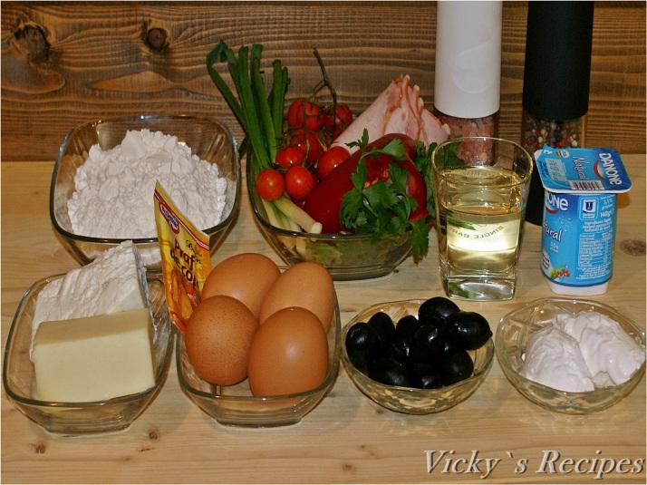 Chec aperitiv cu brânză, șuncă și măsline