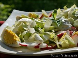 Salată de andive cu ouă