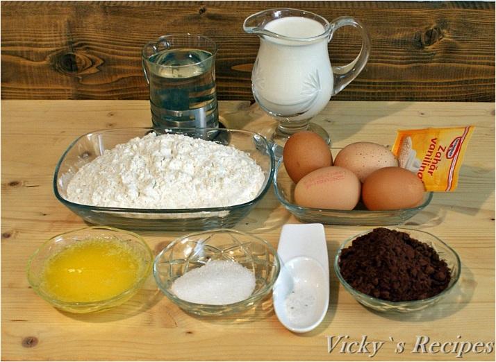 Clătite cu cacao și cremă de afine