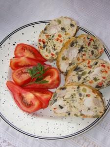7.Cristina Pana -rulada-de-carne-cu-legume1