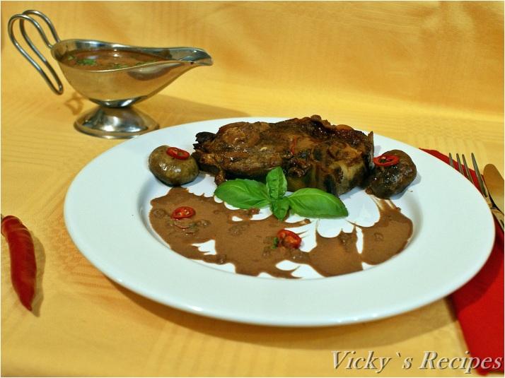 Cotlet de vită la cuptor cu sos picant de ciocolată și ardei iute