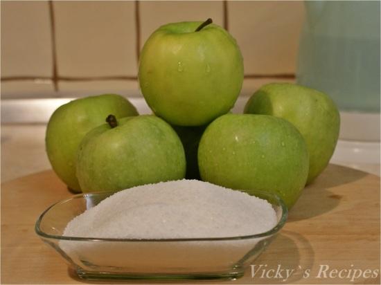 Budincă răsturnată din paste cu mere și caramel