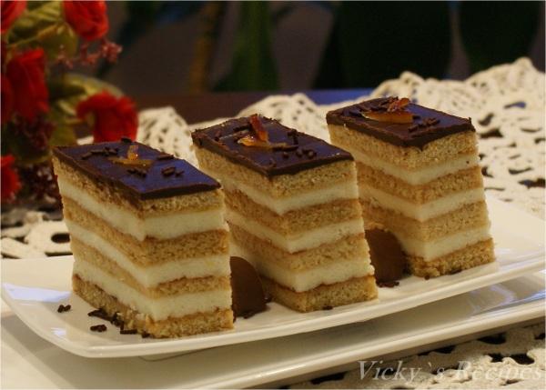 Prăjitură din foi cu miere