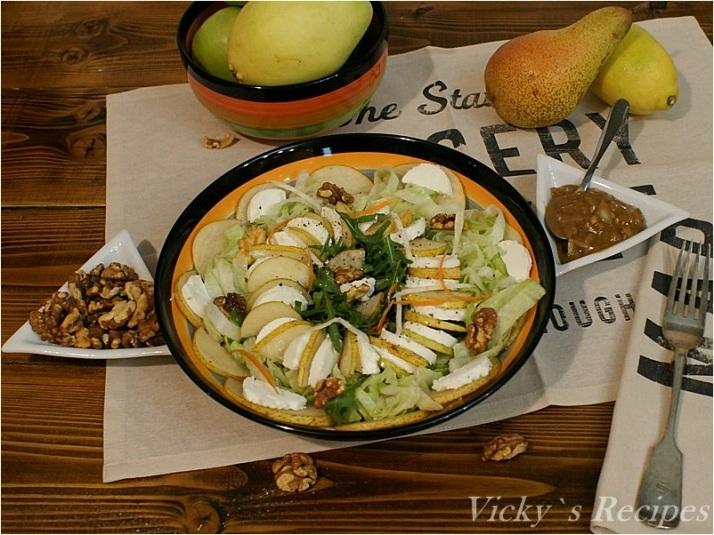 Salată iceberg cu rucola, pere şi brânză de capră