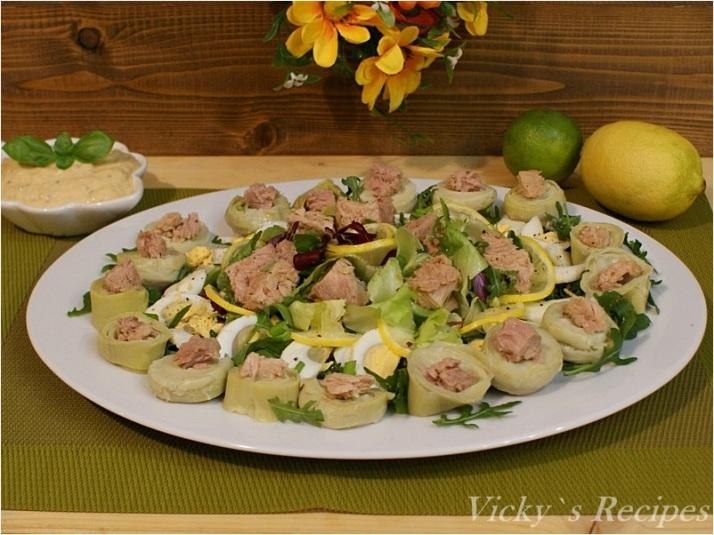 Salată de ton cu anghinare si ouă